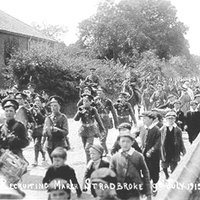 SUFFOLKS RECRUITING MARCH JULY 1915.jpg